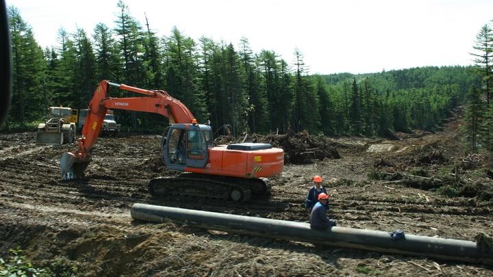 Восстановить газопровод после пожара в Пермском крае сразу не удастся - рабочим придется пробивать дорогу