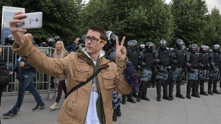 Самые апатичные протестующие: На Западе недовольны отсутствием жести на митинге в Москве