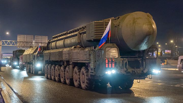Военный эксперт раскрыл ядерные карты США против России: Переброска войск в Польшу - только начало