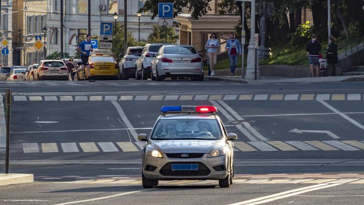 В Москве 20-летний парень открыл стрельбу из мерседеса - источник