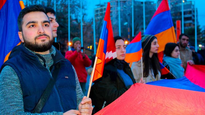 Попкорн в горло не полезет: Русским придётся не любоваться, а воевать