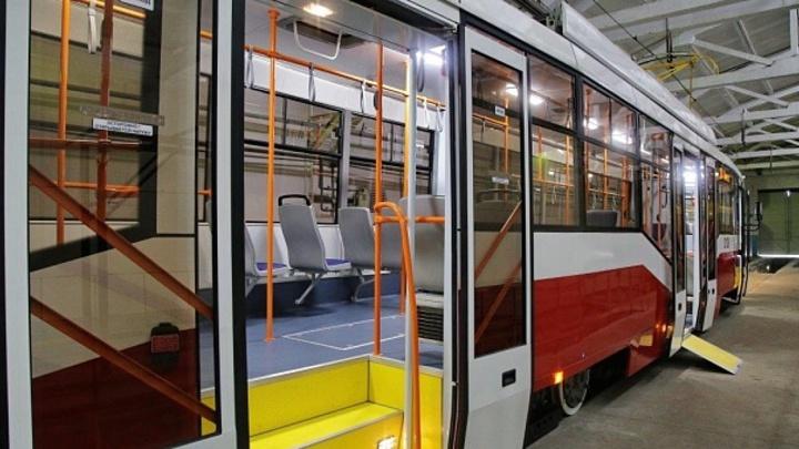 В Новосибирске на 10 дней закрывают два трамвайных маршрута